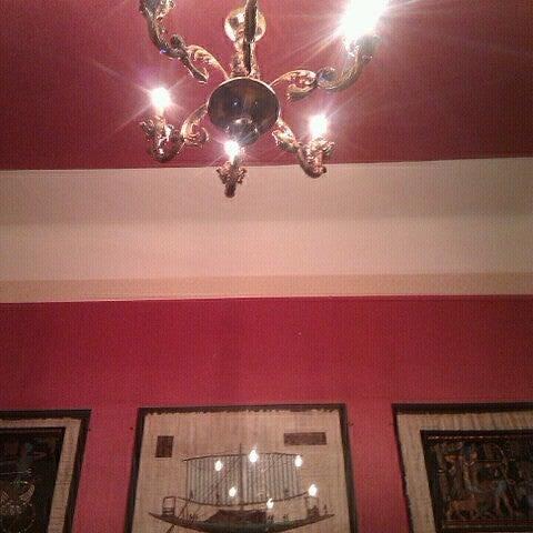 Das Foto wurde bei Hotel Urania von юка л. am 10/6/2012 aufgenommen