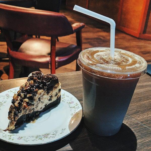 Photo taken at Bennu Coffee by Joshua W. on 6/7/2017