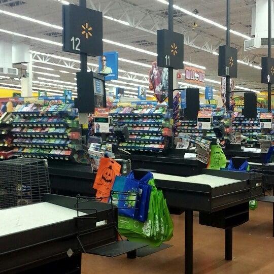 Photo taken at Walmart by Marthita C. on 10/21/2013
