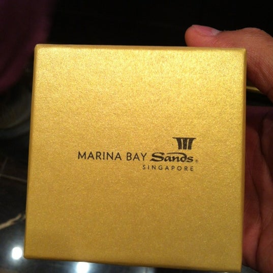 Photo taken at Marina Bay Sands Casino by Hafezh on 9/27/2012