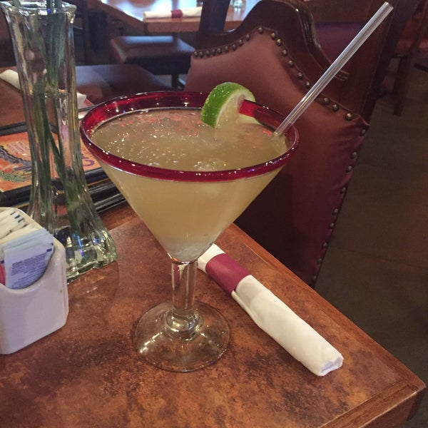 Photo taken at Mamacitas Mexican Restaurant by Michelle B. on 3/4/2016