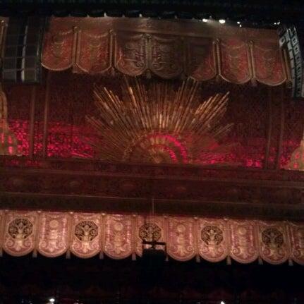 รูปภาพถ่ายที่ Beacon Theatre โดย Bob เมื่อ 10/25/2012