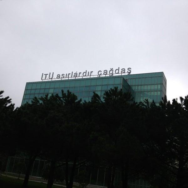 Foto diambil di İstanbul Teknik Üniversitesi oleh Mehmet K. pada 2/14/2013