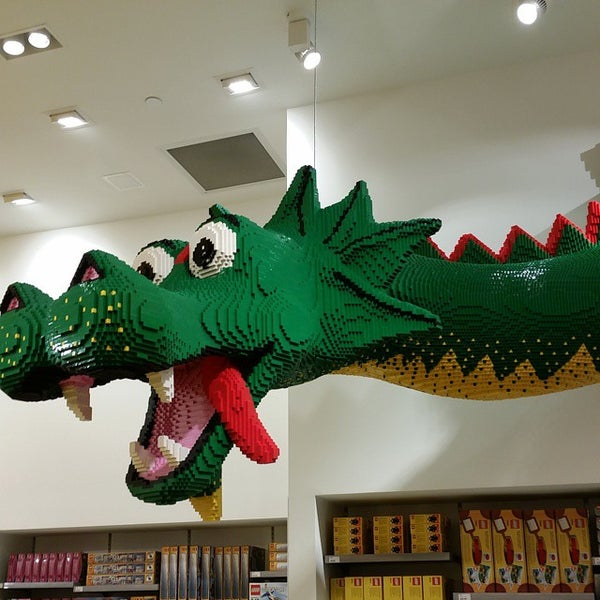 The LEGO Store - Garden City, NY