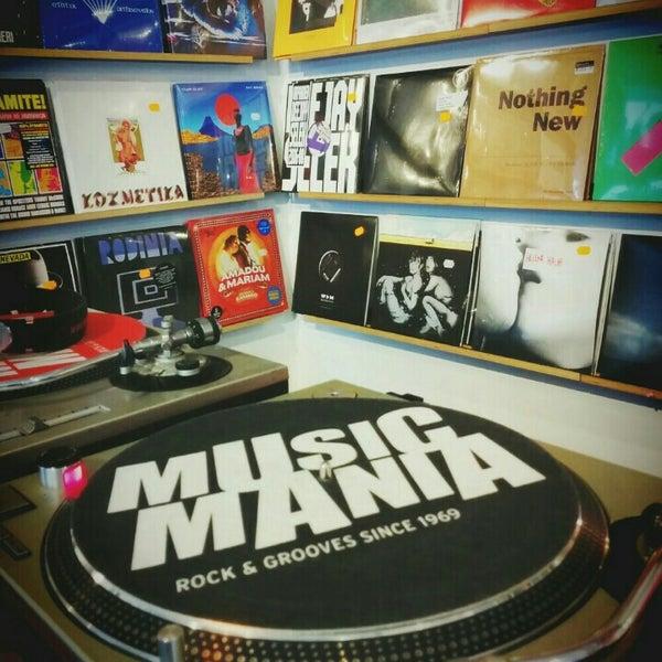 Photo taken at Music Mania by Diederik D. on 10/23/2015