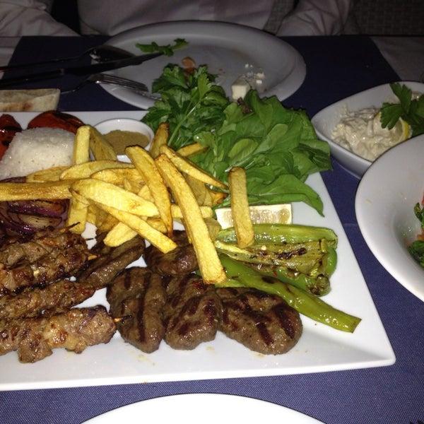 Foto scattata a Loca Hotel da Ozgun G. il 7/4/2013