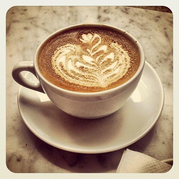 Das Foto wurde bei Culture Espresso von Serdar am 5/26/2013 aufgenommen