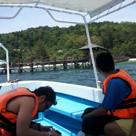 Photo taken at Manukan Island Jetty by alin k. on 10/13/2012
