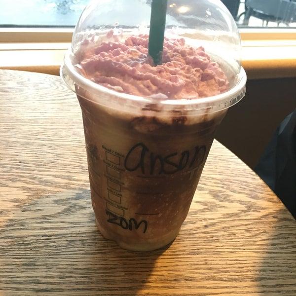 Photo taken at Starbucks by Anson C. on 10/28/2017