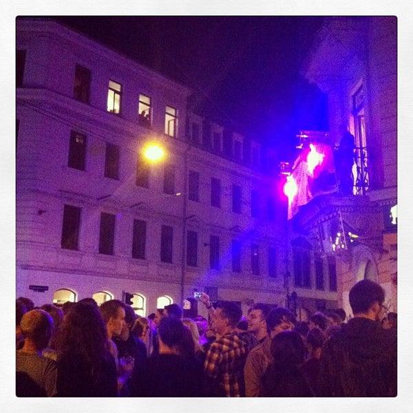 Photo taken at BRN - Bunte Republik Neustadt by Yana on 6/15/2013