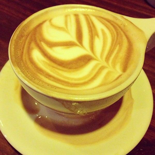 Photo taken at Stanza Coffee Bar by Jeffrey H. on 3/2/2013