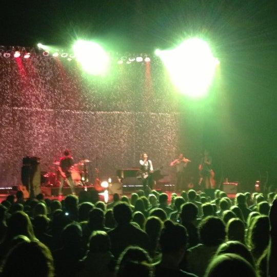 รูปภาพถ่ายที่ Beacon Theatre โดย Annika เมื่อ 3/24/2013