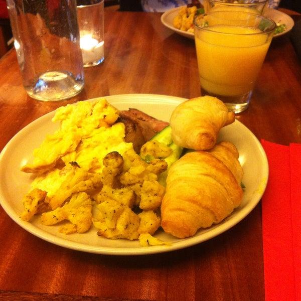 Das Foto wurde bei Deli Café Maya von Petra S. am 12/7/2014 aufgenommen