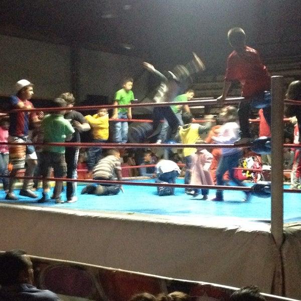 Photo taken at Arena Adolfo Lopez Mateos by atir on 10/28/2013