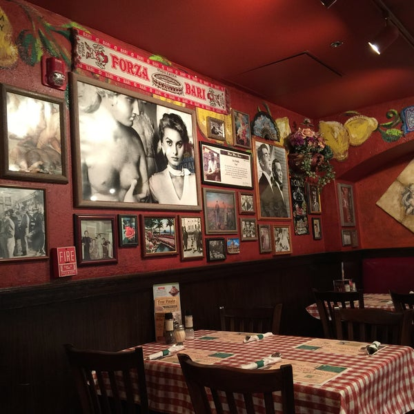 Photo taken at Buca di Beppo by Angela on 8/27/2015