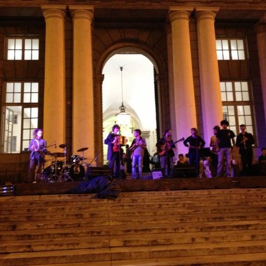 Foto scattata a Piazza de Ferrari da Angelo il 9/28/2012