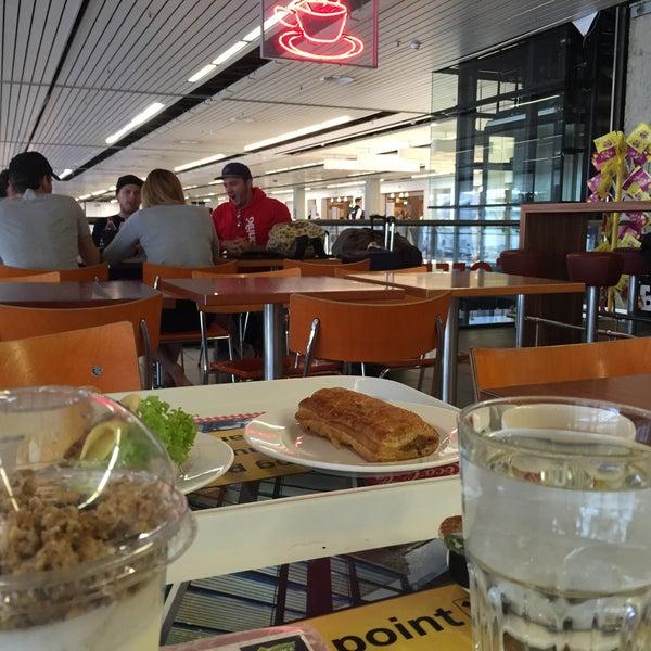 Balcony bar 2 tips from 183 visitors for Balcony restaurant