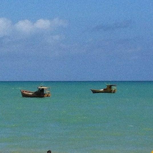 Foto tirada no(a) Praia de Guaxuma por Vanessa em 11/11/2012