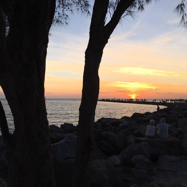 Photo taken at South Jetty / Humphris Park by Marylee V. on 9/9/2016