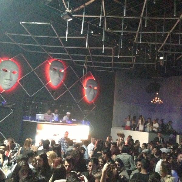 5/12/2013 tarihinde ! Burak Ö.ziyaretçi tarafından Masquerade Club'de çekilen fotoğraf