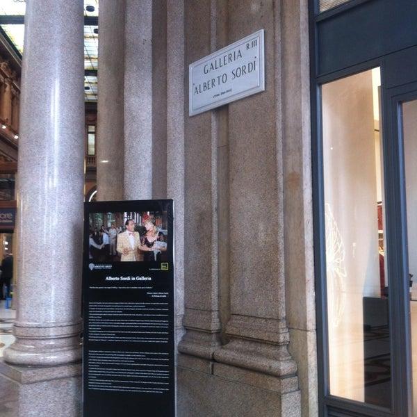 Foto scattata a Galleria Alberto Sordi da Sebastian a. il 3/20/2013