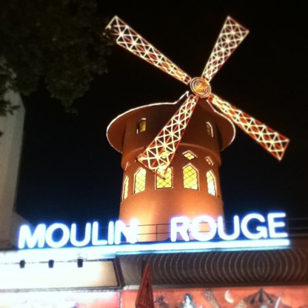 Photo taken at Moulin Rouge by Александр on 5/19/2013