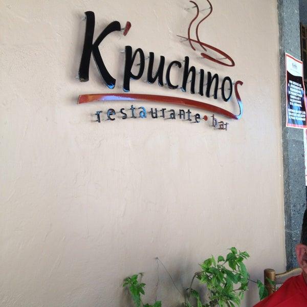 Foto tomada en Kpuchinos por Alejandra el 3/30/2013
