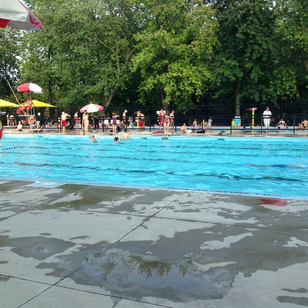 piscine laurier mile end 5200 brebeuf