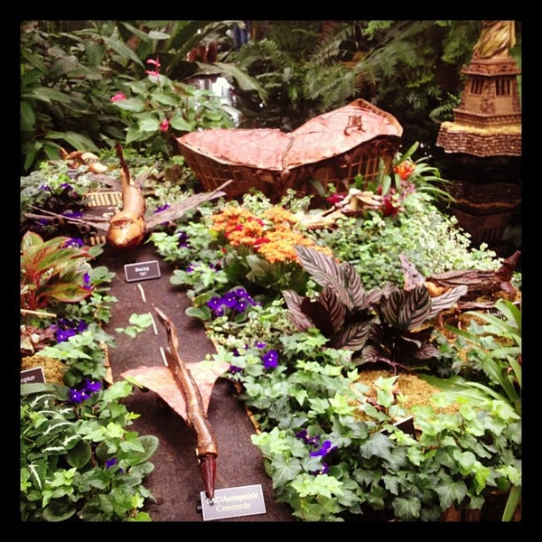 Photo taken at Enid A. Haupt Conservatory by The G. on 12/9/2012