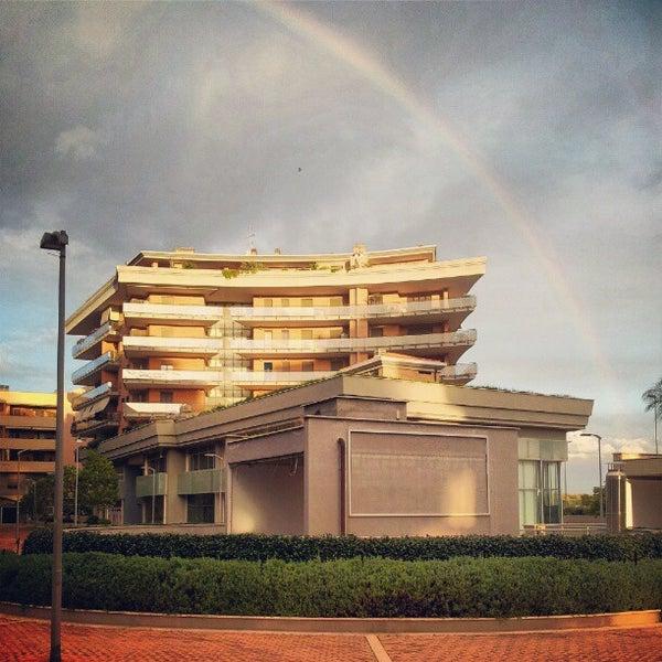 Foto scattata a Centro Commerciale Parco Leonardo da Adilson S. il 10/28/2012