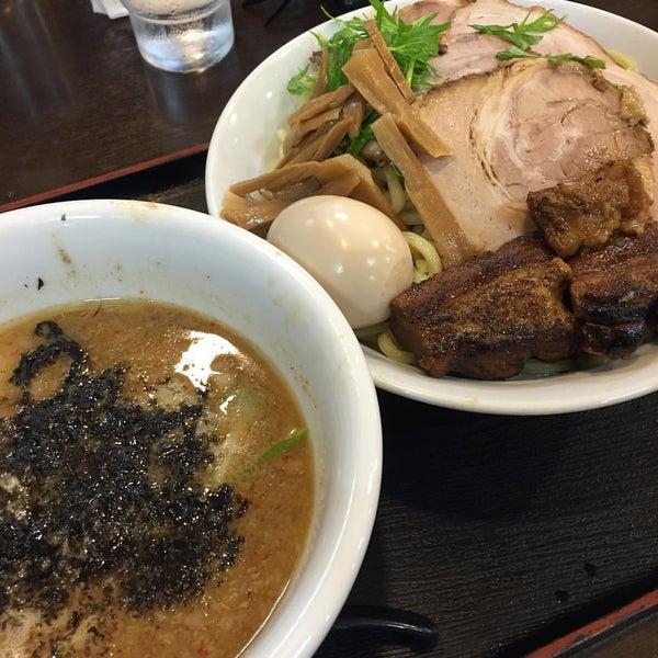 Photo taken at 手打ち麺処 暁天 by ♨しの☆しの♨ on 5/19/2016