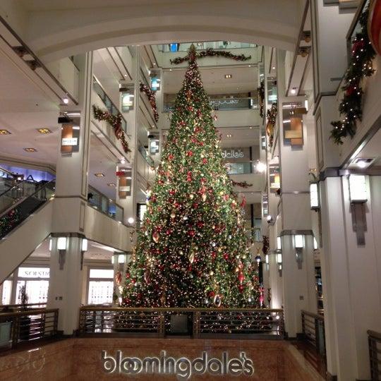 Photo taken at 900 North Michigan Shops by Joni B. on 11/17/2012