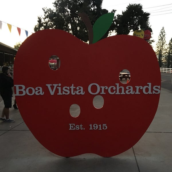 Photo taken at Boa Vista Orchards by Anthony P. on 11/12/2017