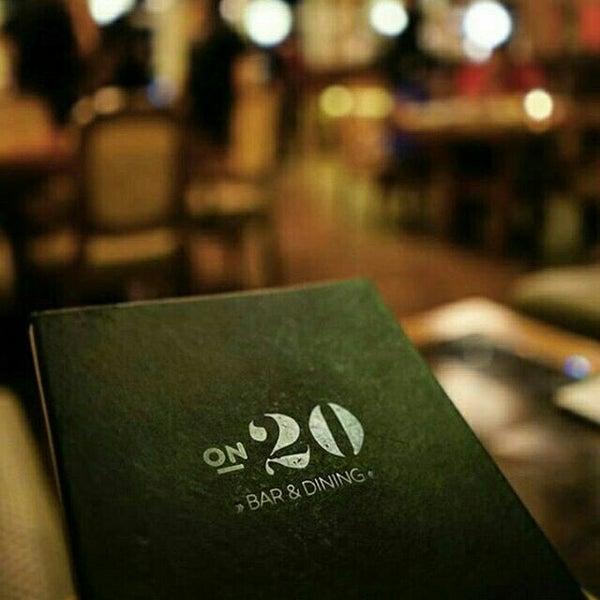 Foto diambil di ON20 Bar & Dining Sky Lounge oleh Chakra Indra N. pada 11/9/2015