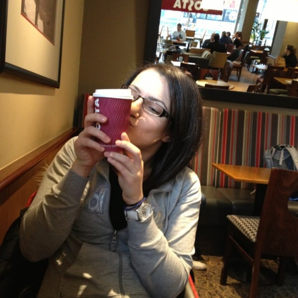 Photo taken at Costa Coffee by Lyudmila K. on 4/29/2013