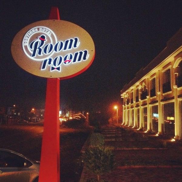 Das Foto wurde bei Room room Boutique Hotel von Emre A. am 1/17/2014 aufgenommen
