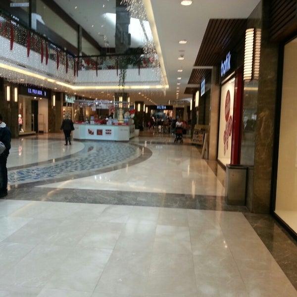 3/13/2013 tarihinde Hüseyin C.ziyaretçi tarafından Atlantis Alışveriş ve Eğlence Merkezi'de çekilen fotoğraf
