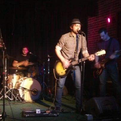 รูปภาพถ่ายที่ Woodruff's โดย Steve เมื่อ 12/18/2012