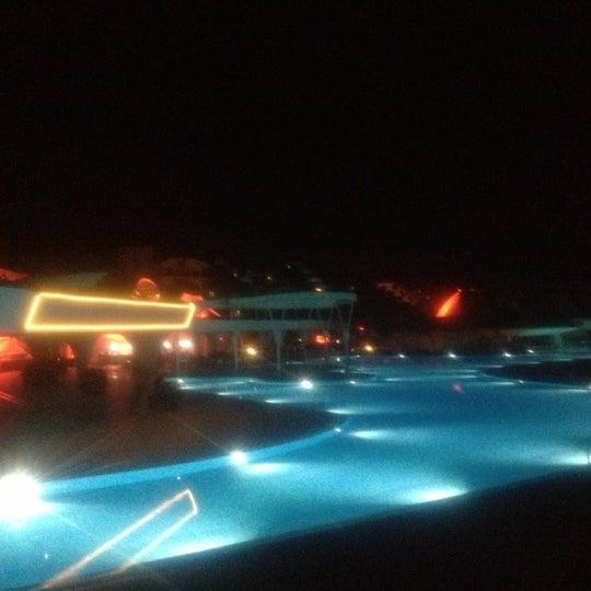 11/6/2012 tarihinde Özgeziyaretçi tarafından Cornelia Diamond Golf Resort & Spa'de çekilen fotoğraf