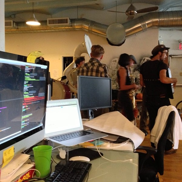 Photo taken at Flavorpill HQ by Rick M. on 10/12/2012