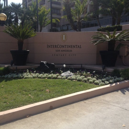 Photo taken at InterContinental Los Angeles Century City by Anfal on 10/9/2012