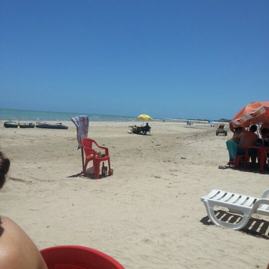 Foto tirada no(a) Praia de Paripueira por junior G. em 2/2/2013
