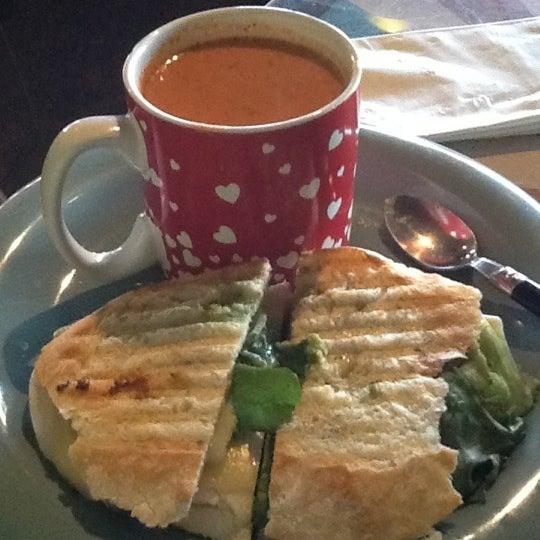 Photo taken at Rivertown Coffee by Tram N. on 11/8/2012