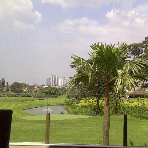 3/7/2013 tarihinde zacho ..ziyaretçi tarafından Pondok Indah Golf & Country Club'de çekilen fotoğraf