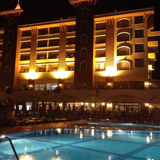 10/11/2012 tarihinde Ahmet Şevki E.ziyaretçi tarafından Utopia World Hotel'de çekilen fotoğraf
