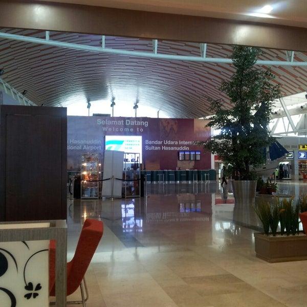 Photo taken at Sultan Hasanuddin International Airport (UPG) by Hadi T. on 4/20/2013