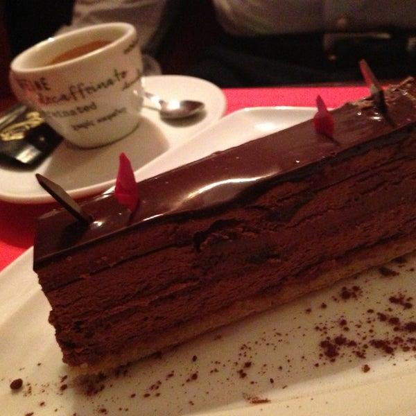 Foto diambil di Café de São Bento oleh Tiago Q. pada 3/10/2013