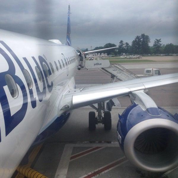 Foto tomada en Burlington International Airport (BTV) por Rob W. el 7/1/2013