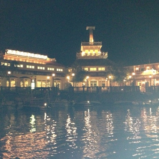 Photo taken at Disney's Port Orleans Riverside Resort by Christy on 10/9/2012