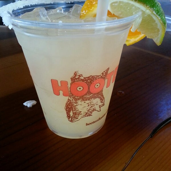 Photo taken at Hooters by Robert W. on 5/25/2013